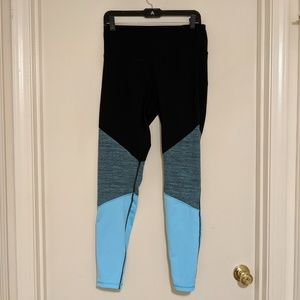 High-waisted Activewear Leggings – Size L